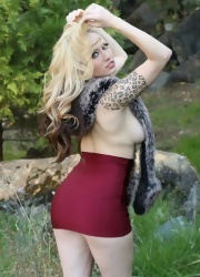 Lily Shows Off Her In Her Cranberry Miniskirt - Picture 13