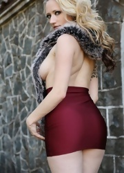 Lily Shows Off Her In Her Cranberry Miniskirt - Picture 4